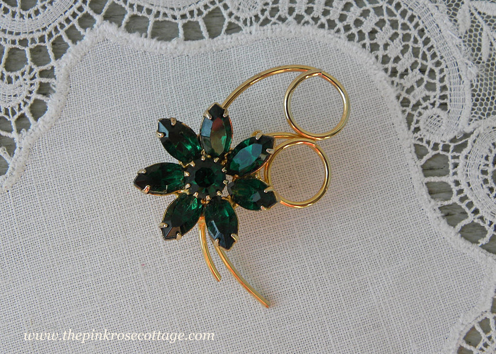 Vintage Emerald Green Rhinestone Flower Pin