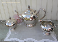 Vintage Oneida Maybrook Silver Plated Teapot and Sugar and Creamer Tea Set
