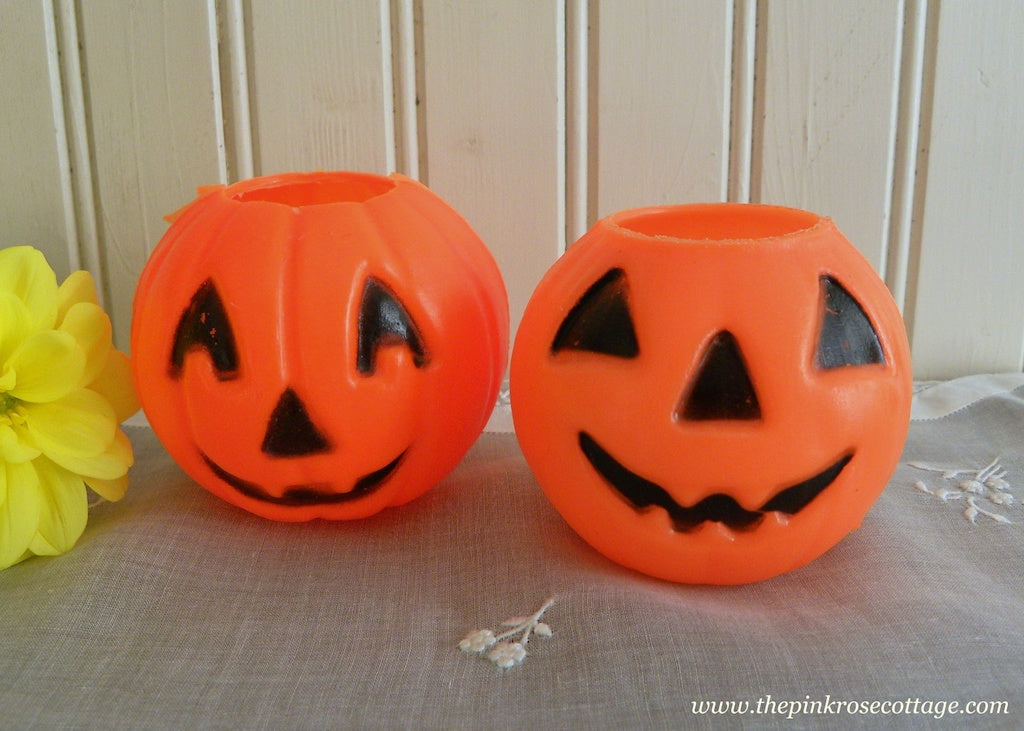 Two Vintage Mini Plastic Pumpkins Treats Party Favor Buckets - The Pink Rose Cottage