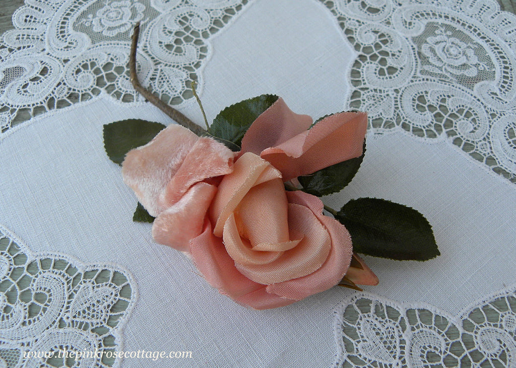 Vintage Velvet Millinery Peach Rose Flowers Corsage Pin