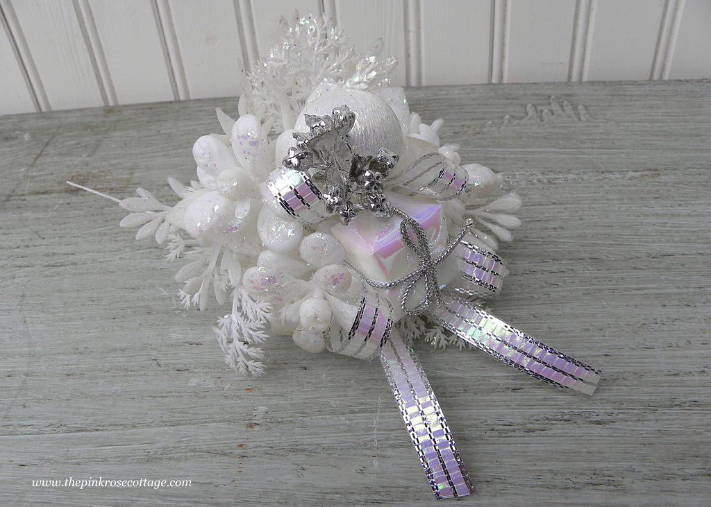 Vintage Christmas Corsage Pick with White Package Bulb and Bow