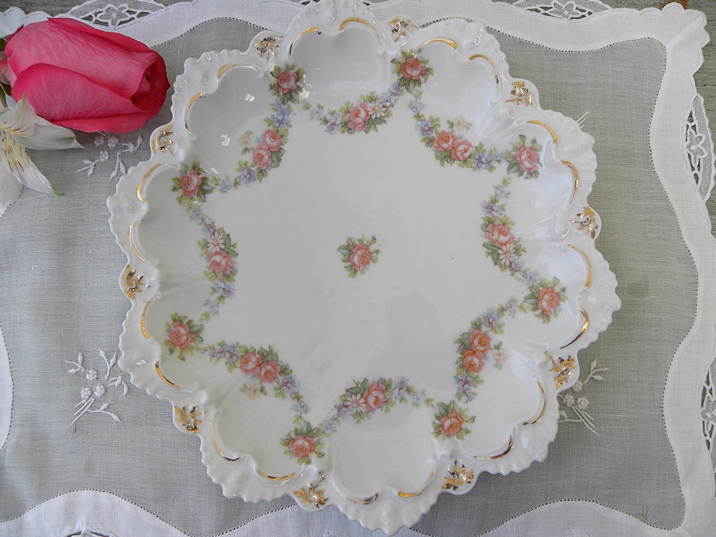 Vintage Pink Rose and Forget Me Nots Garland Scalloped Plate