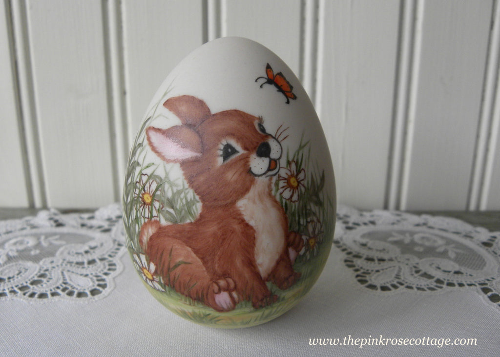 Vintage Hand Painted Easter Bunny with Daisies and Butterfly Egg
