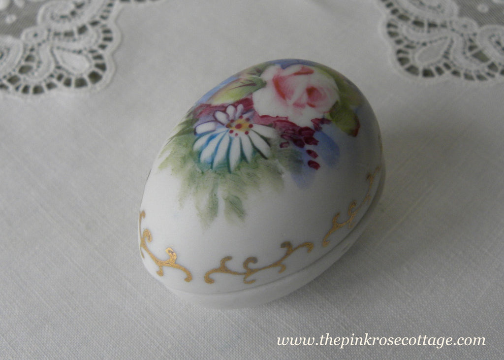Vintage Hand Painted Pink Rose and Daisy Egg Trinket Ring Box