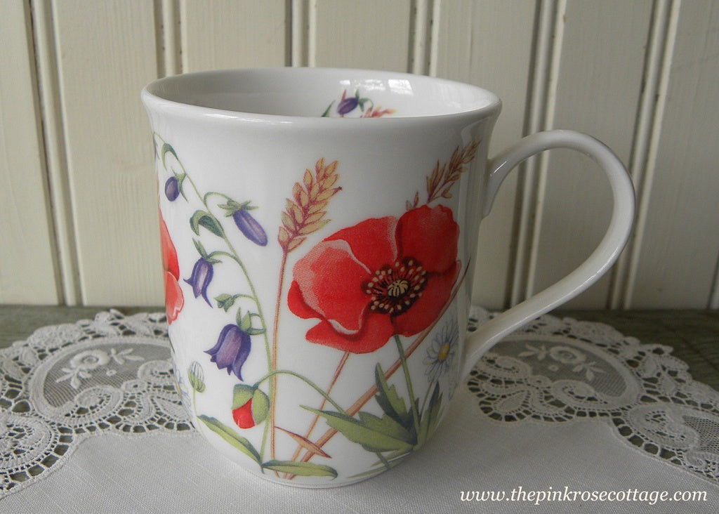 Poppies and Daisies Tea Coffee Mug England - The Pink Rose Cottage