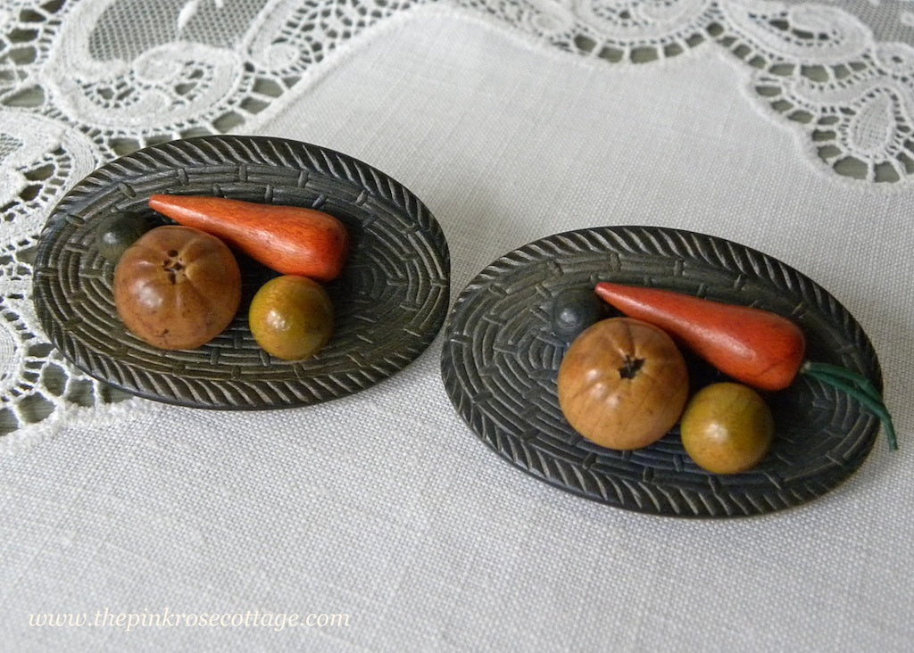 2 Vintage Realistic Basket of Fruit & Vegetables Buttons Czechoslovakia - The Pink Rose Cottage
