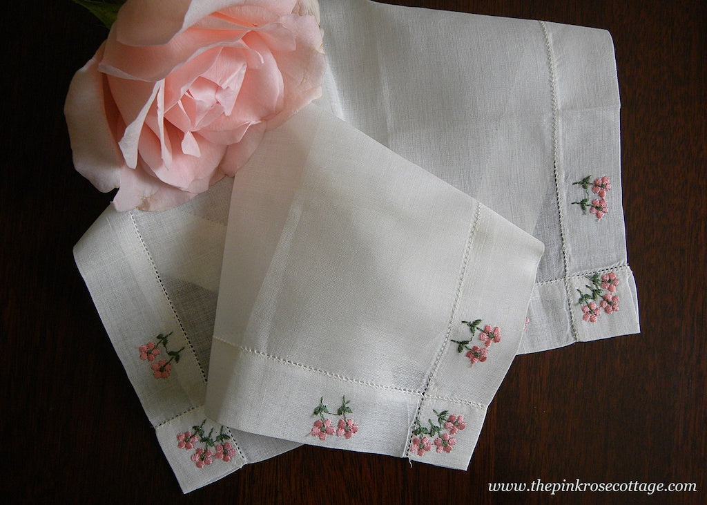 Unused Vintage Handkerchief with Pink Embroidered Daisies