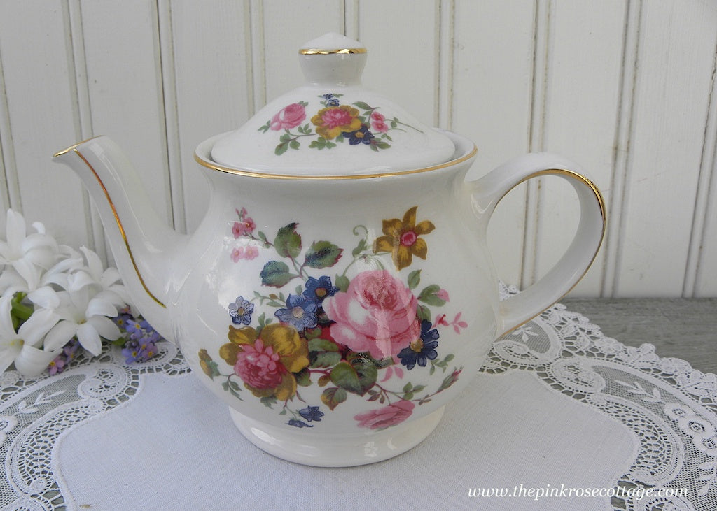Vintage Sadler England Pink Rose and Wild Flowers Teapot