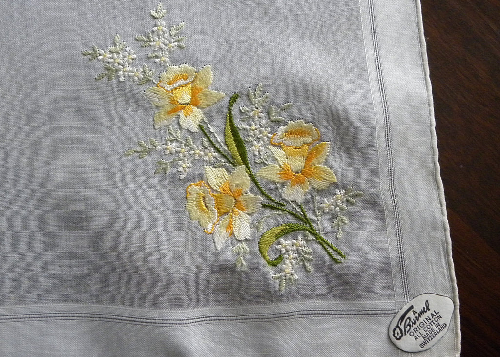 Vintage Tagged Burmel Embroidered Spring Daffodils