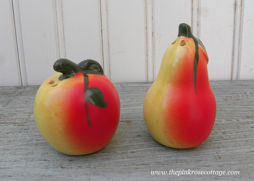 Vintage Apple and Pear Fruit Salt and Pepper Shakers