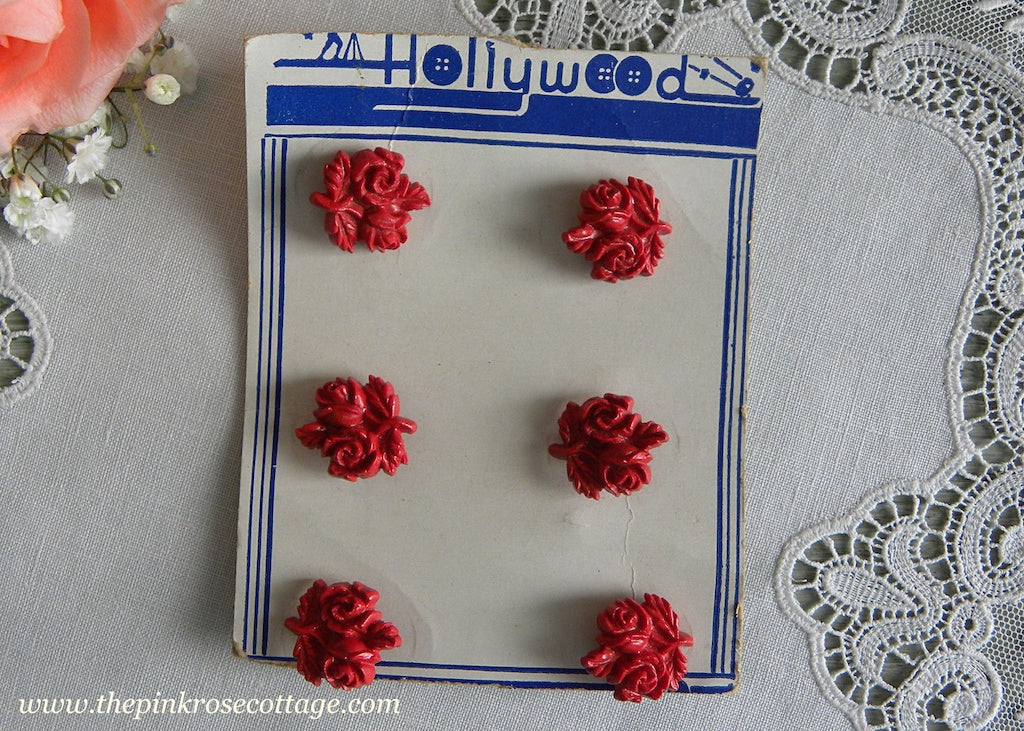 Vintage Red Rose Bouquet Buttons 6 on Card