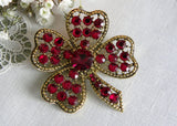 Vintage Weiss Heart Shaped Clover Shamrock Red Rhinestone Pin Brooch