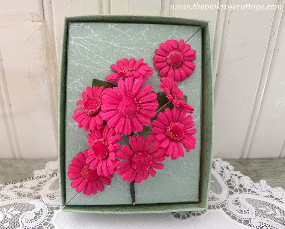 Vintage Dark Pink Daisies Millinery Flower Corsage Pin And Earring