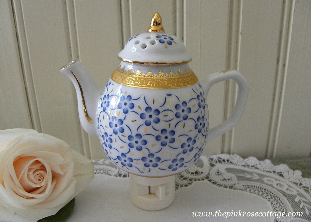 Blue Daisy Porcelain Teapot Night Light - The Pink Rose Cottage