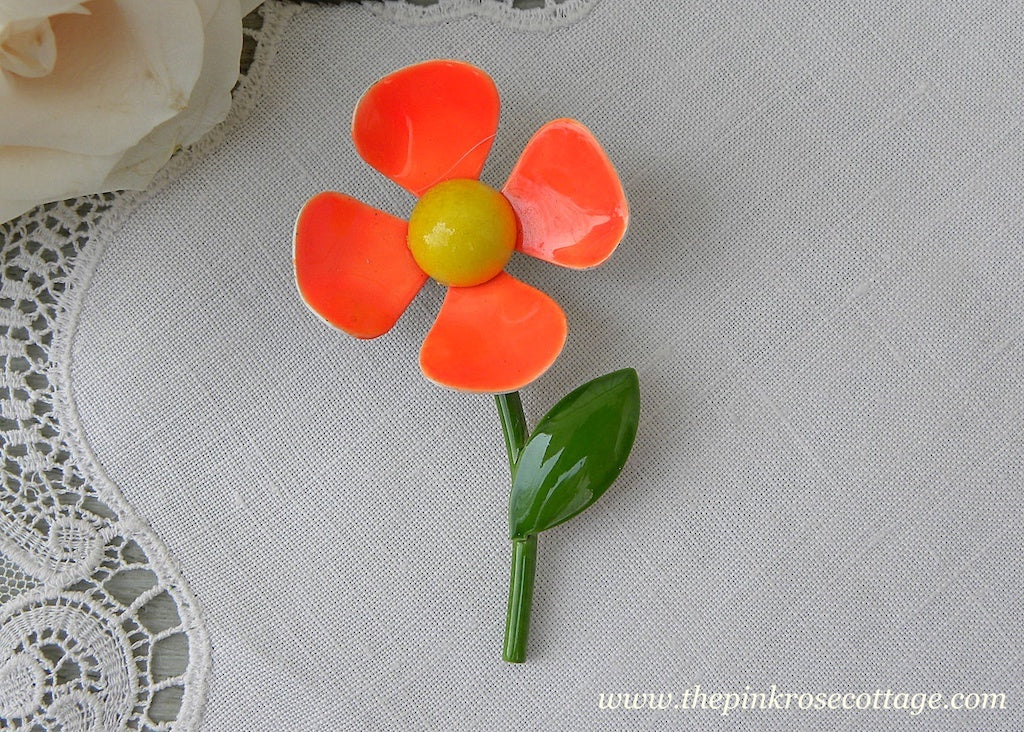 Vintage Enameled Mod Orange Daisy Pin