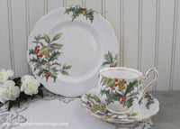 Vintage Royal Albert Flower of the Month Teacup & Plate Trio No 12 Holly