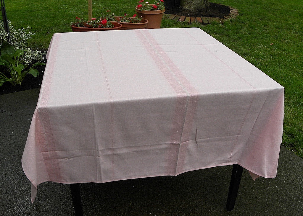 "MWT Vintage Beauty Kraft ""Tiffany"" Tablecloth Sparkling Metallic Threads - The Pink Rose Cottage"