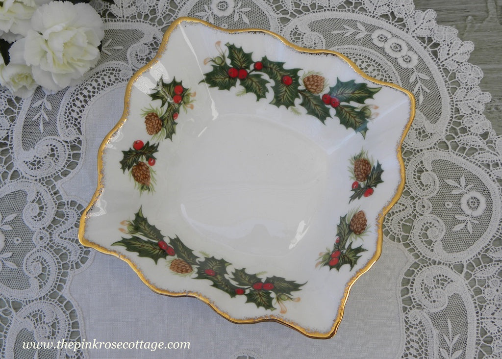 MIB Vintage Queen's China Yuletide Christmas Holly Pinecone Trinket Dish - The Pink Rose Cottage