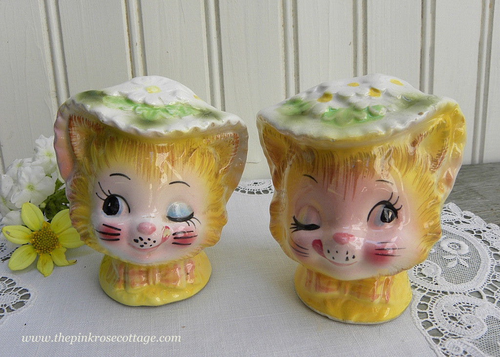 Vintage Enesco Miss Priss Winking Kitty Cat Salt and Pepper Shakers Set