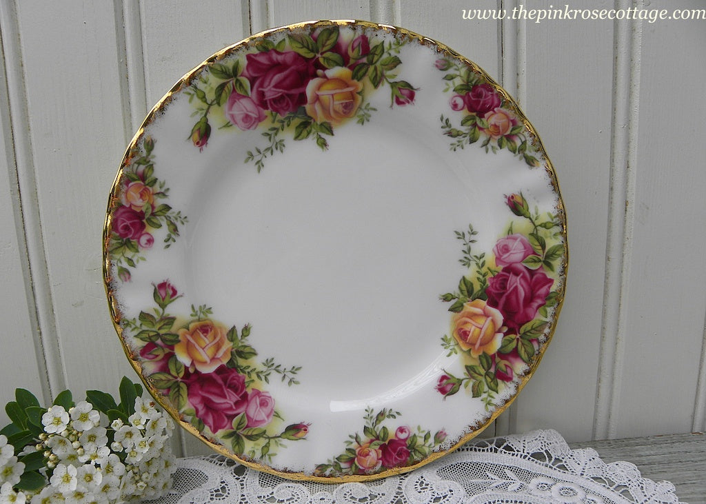 Royal Albert Old Country Roses Bread and Butter Plate - The Pink Rose Cottage