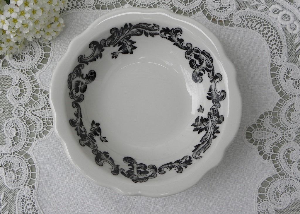 Vintage Jackson Custom China Black and White Restaurantware Berry Bowl
