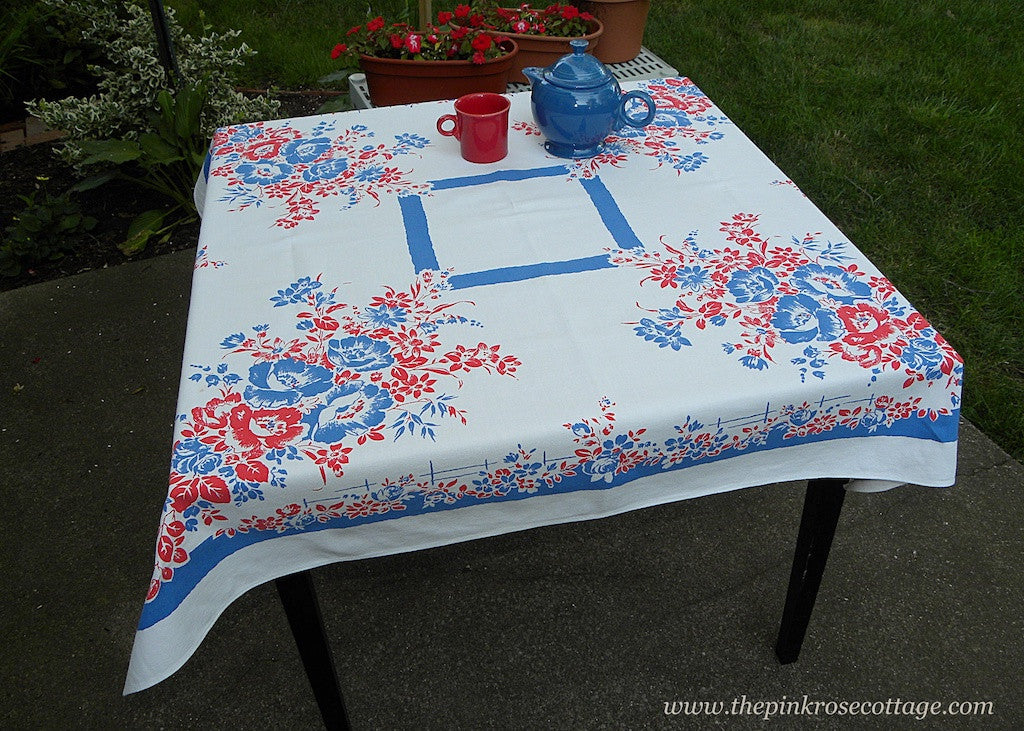 Red White And Blue Wild Roses And Daisies Tablecloth The