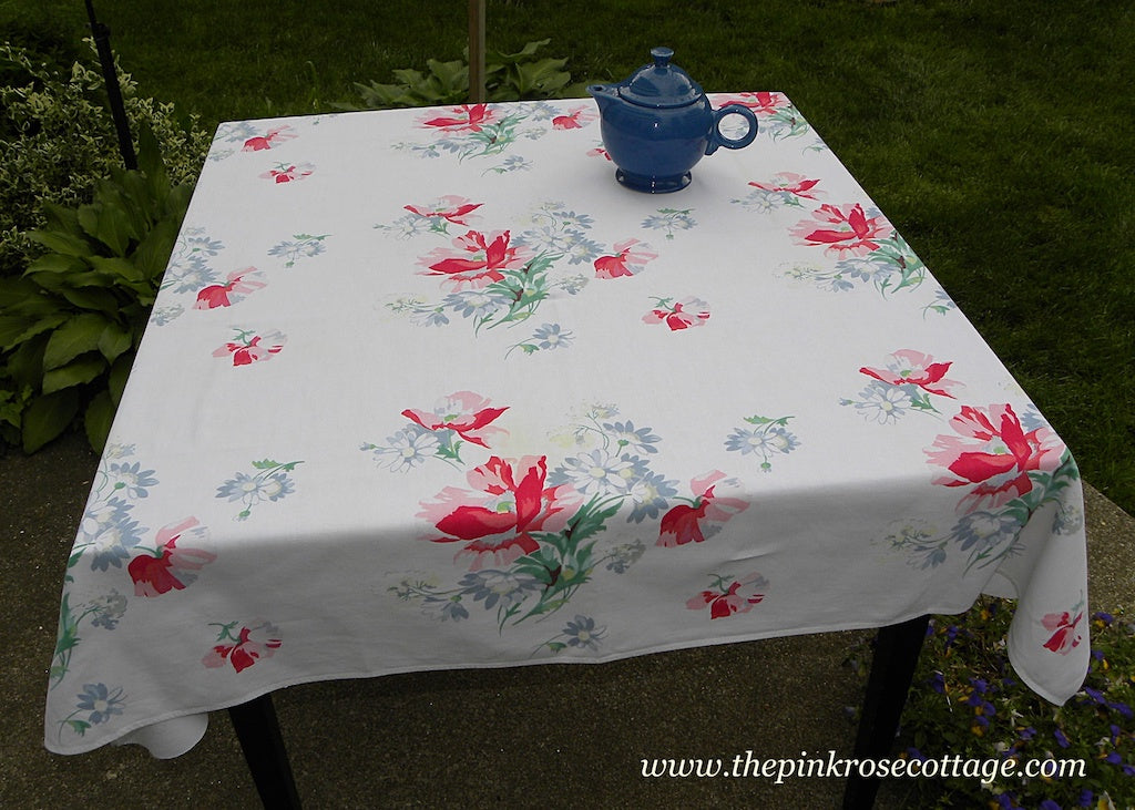 Vintage Wilendur Pink Poppies and Blue Daisies Tablecloth