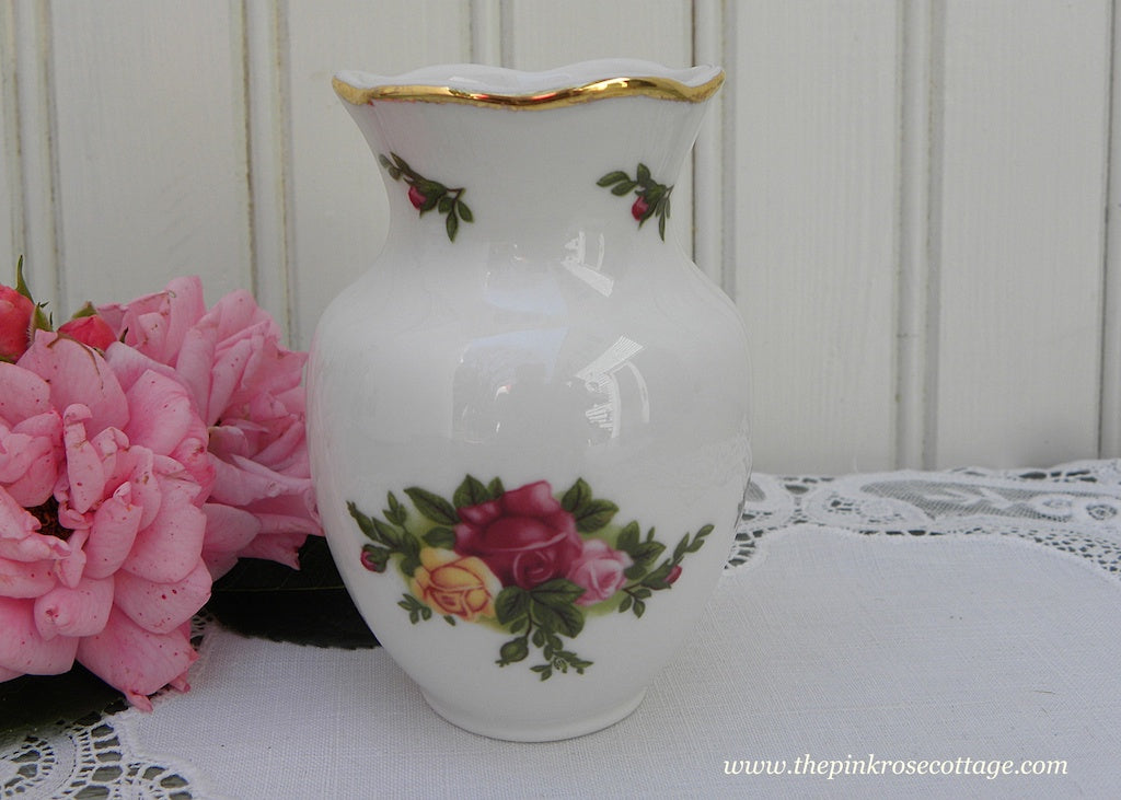 Vintage Royal Albert Old Country Roses Ruffled Bud Vase