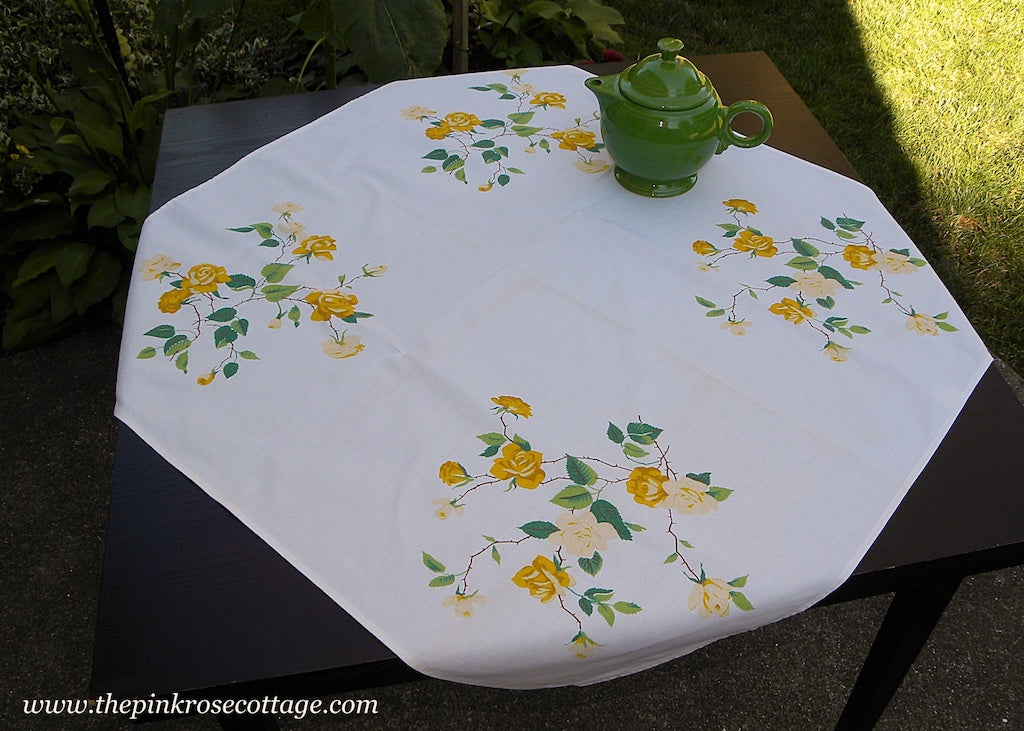 Vintage Wilendur Yellow Duchess Rose Tablecloth
