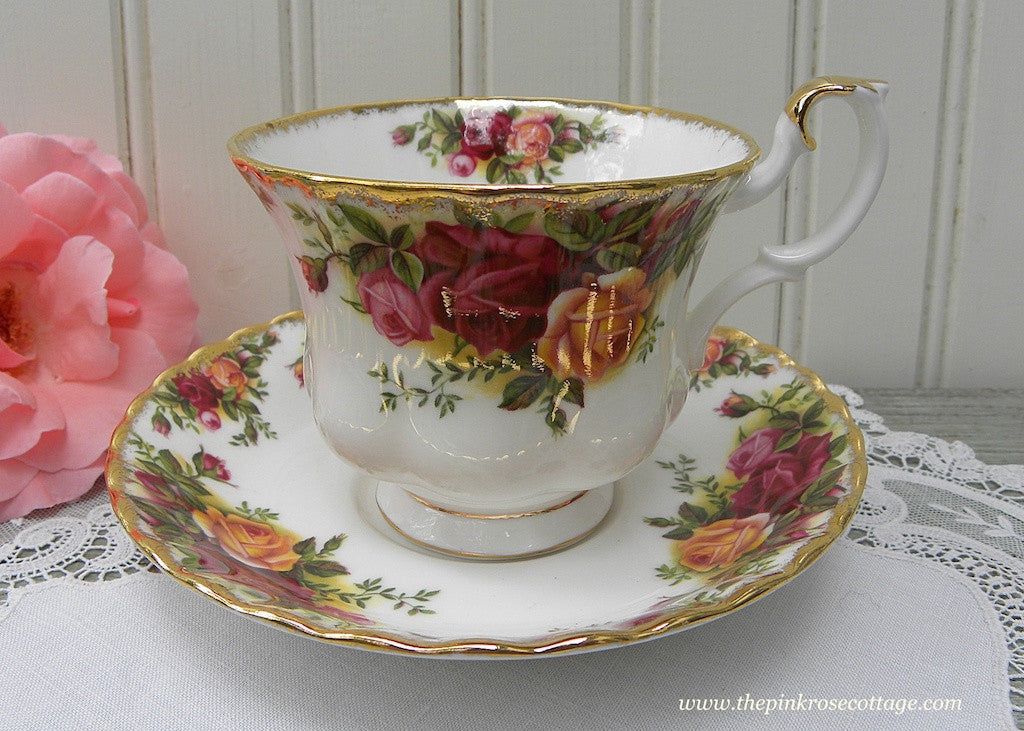 Classic Royal Albert Old Country Roses Teacup and Saucer - The Pink Rose Cottage