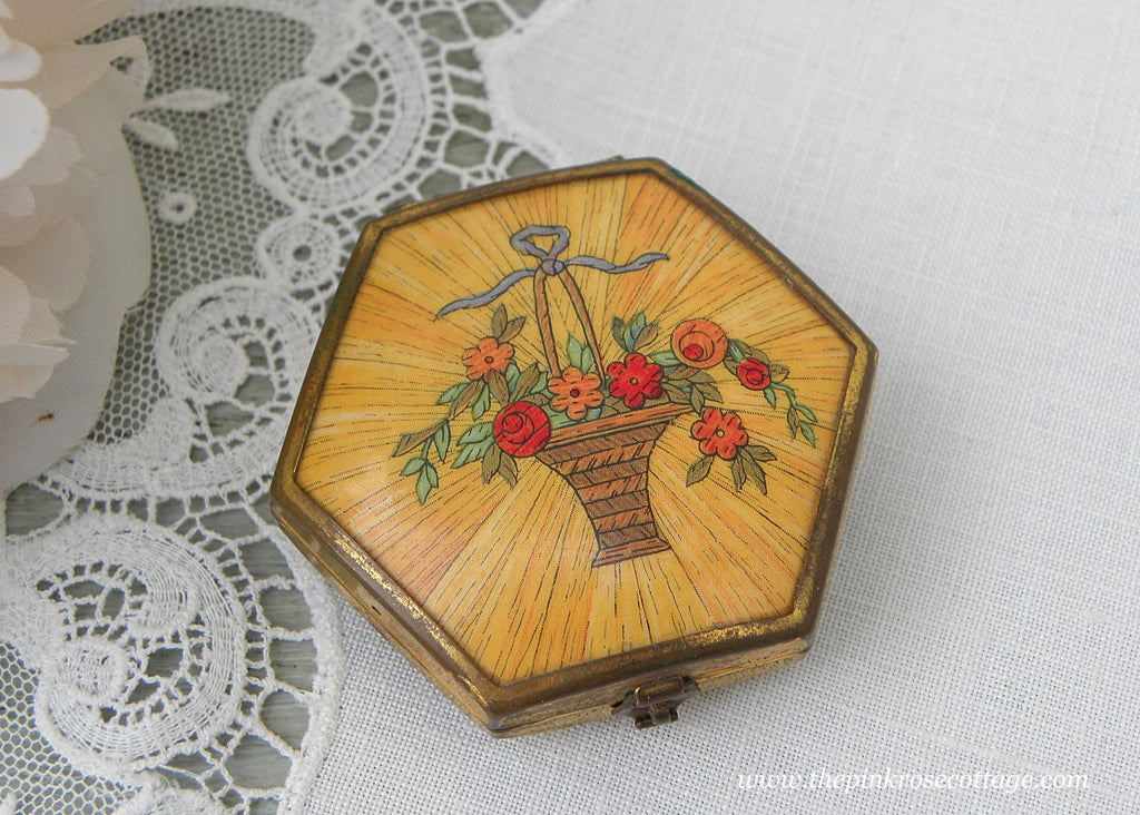 Antique 1920's Houbigant Powder Rouge Compact with Flower Basket