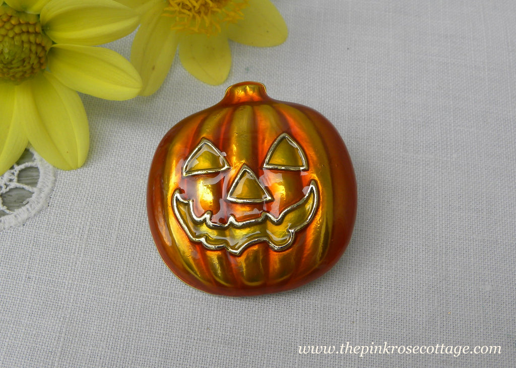 Pumpkin Jack O'Lantern Halloween Pin Brooch - The Pink Rose Cottage