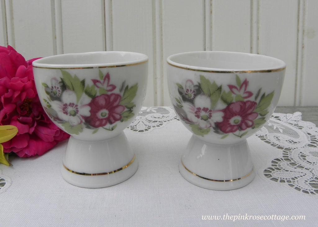 Pair of Vintage Purple and White Anemones Eggcups - The Pink Rose Cottage
