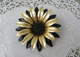 Vintage Black and Gold Enameled Daisy Flower Pin