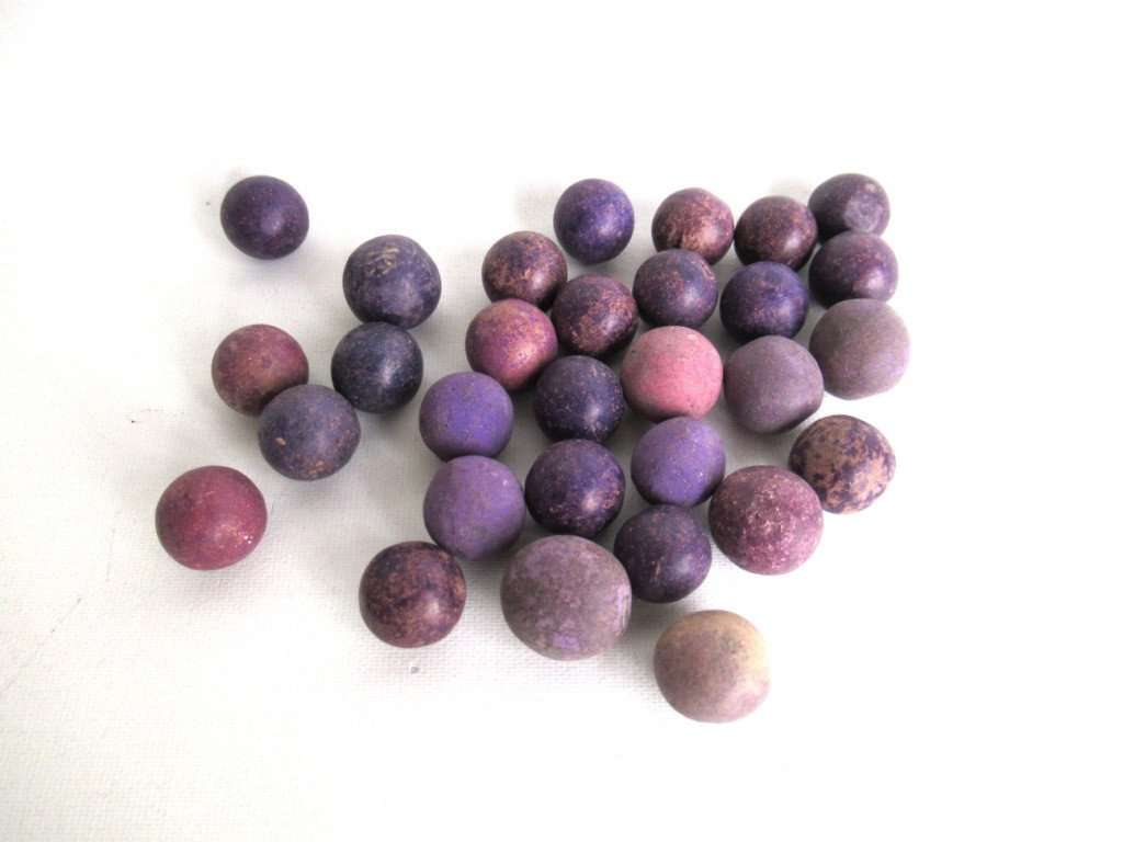 UpperDutch:Marbles,Purple marbles, set of 30 antique clay marbles.