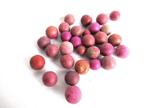 UpperDutch:Marbles,Clay marbles, antique clay marbles.