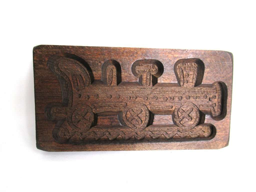 UpperDutch:Cookie Mold,Springerle mold, Vintage Wooden Train cookie mold.