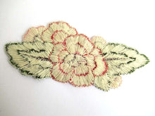UpperDutch:Sewing Supplies,Flower applique, Vintage embroidered applique. Sewing supply.
