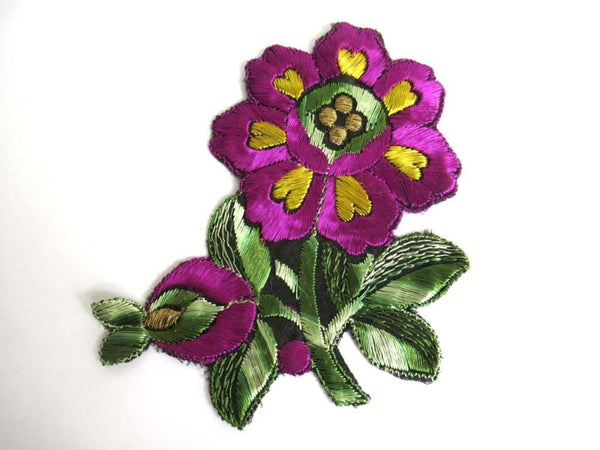 UpperDutch:Sewing Supplies,Applique, Flower applique, 1930s vintage embroidered applique.