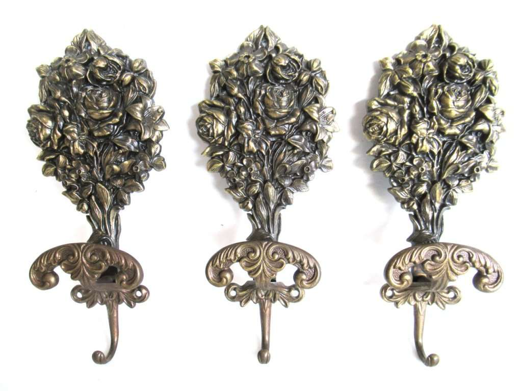 UpperDutch:Hooks and Hardware,Coat hooks, Set of 3 Wall hooks, Coat hook, Ornate Victorian style hooks. VCR made in Italy.