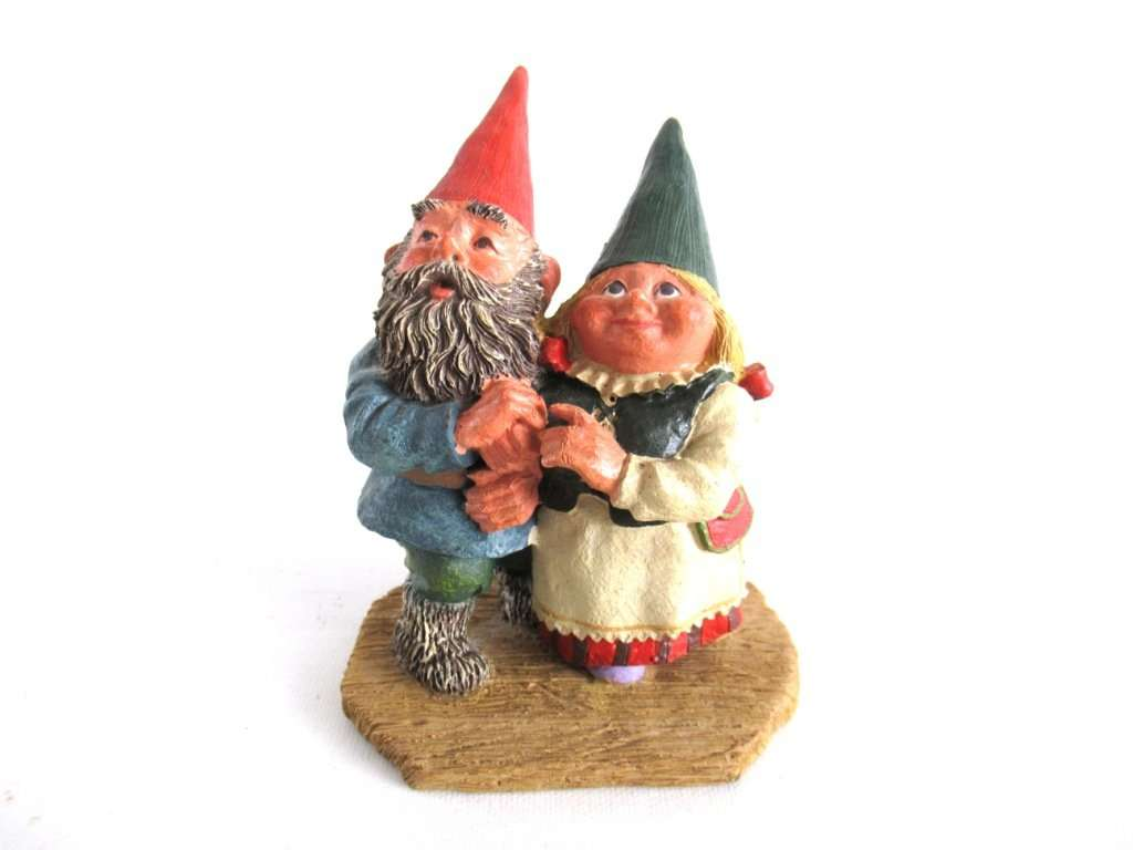 UpperDutch:,Classic Gnomes 'Looking to the Moon' Gnome figurine after a design by Rien Poortvliet.