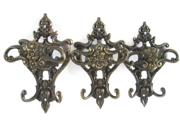 Set of 3 Antique Coat hooks, Wall hooks, Ornate Victorian style hooks, Brev made in Italy.
