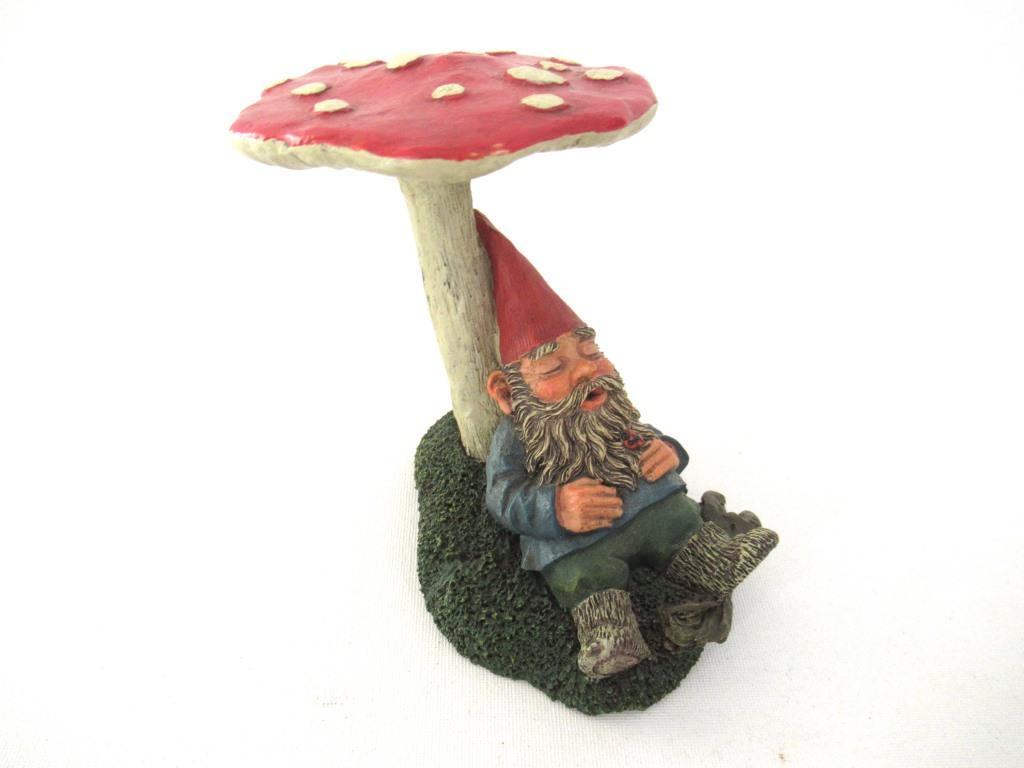 UpperDutch:Gnome,'Slumber Chief' a design by Rien Poortvliet. Gnome sleeping under a mushroom. Dutch Classic gnomes series. AAAAAAA International Co. Ltd.