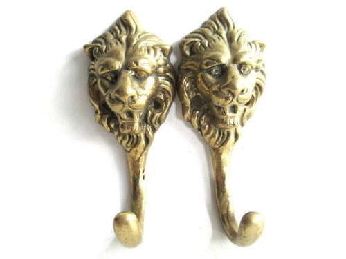 UpperDutch:Wall hook,Set of 2 Antique Lion Head Coat hooks Wall hooks.