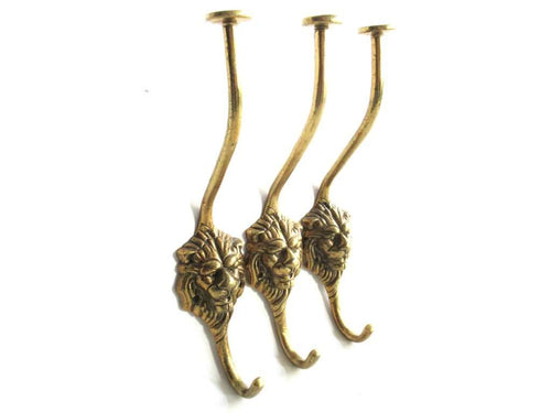 UpperDutch:Wall hook,Set of 3 Lion hooks Solid Brass Lion Head Wall hook - Coat hooks. Decorative animal storage solution, coat hangers.