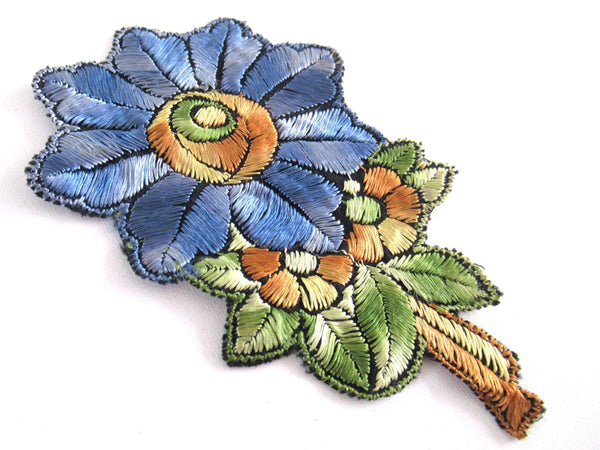UpperDutch:Applique,Flower applique 1930s vintage embroidered applique. Vintage floral patch, sewing supply.
