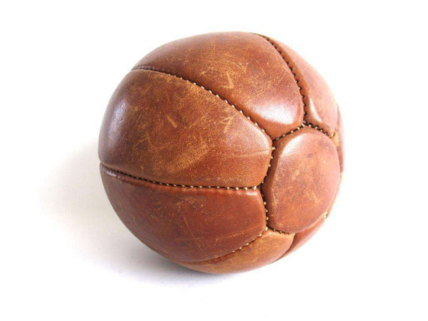 UpperDutch:Cookie Mold,1.5 kg Leather Medicine ball.