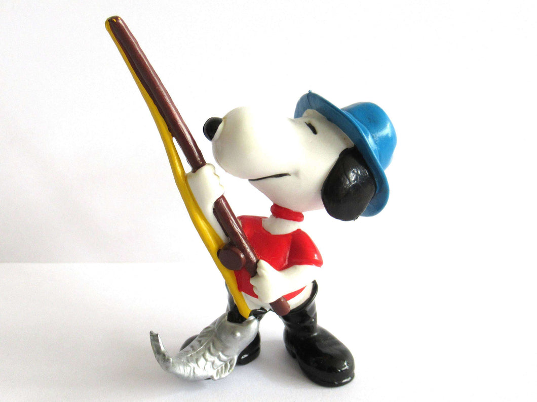 UpperDutch:,Peanuts Snoopy Fishing PVC Figurine, United Feature '66.