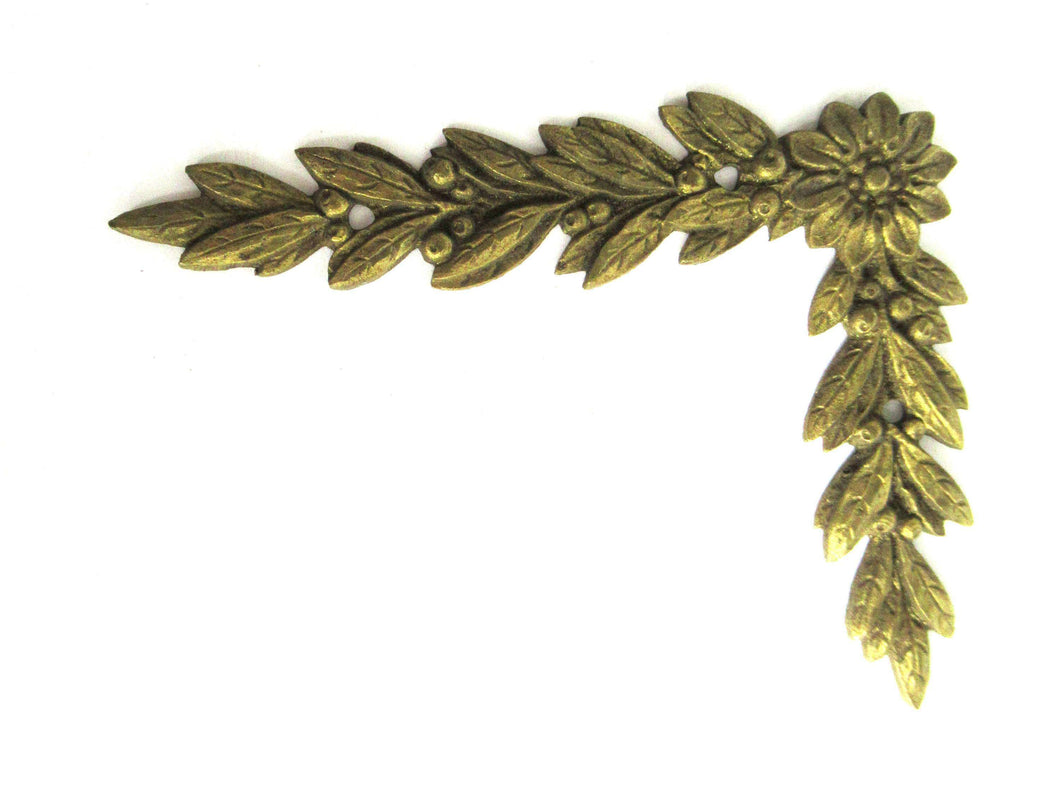 UpperDutch:,1 (ONE) Authentic 1800's applique, Laurel or Olive motif. Brass Furniture Hardware. Empire embellishment. Corner piece.