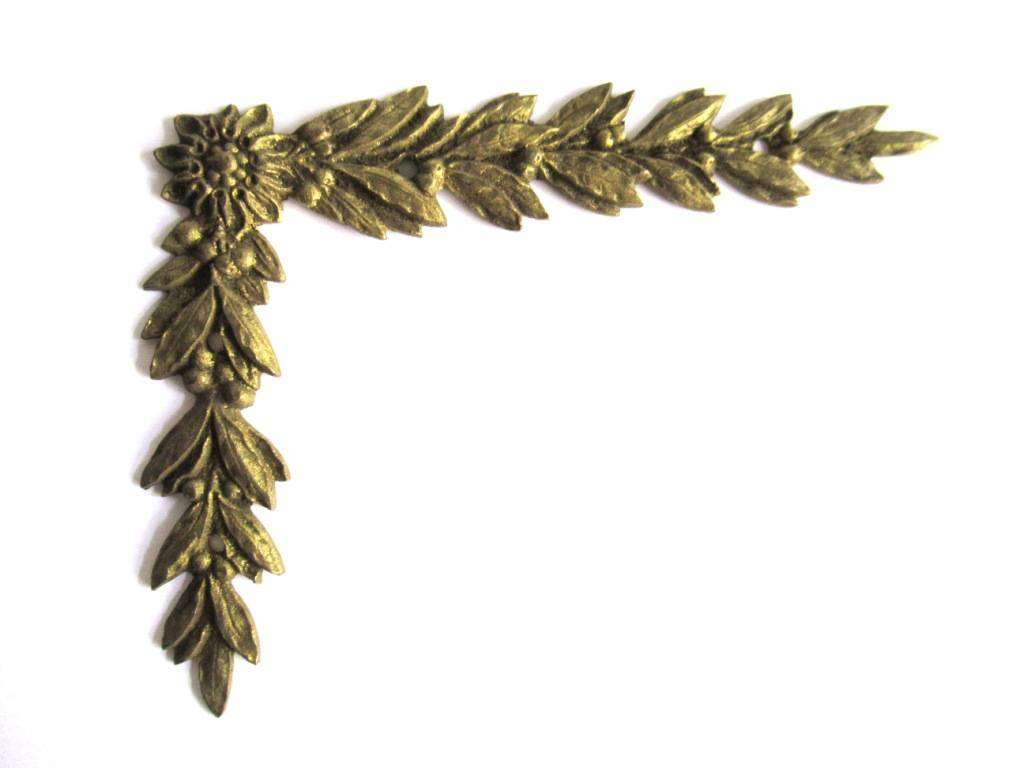 UpperDutch:Furniture applique,1 (ONE) Furniture Hardware, Authentic 1800's applique, Laurel or Olive motif. Brass Empire embellishment. Antique Corner piece.
